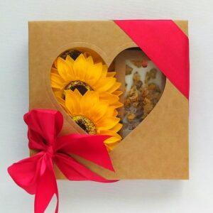 mydlane kwiaty+tabliczka brązowe serce